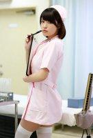 美女护士穿丝袜勾引