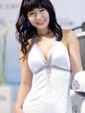 甜美笑容的韩国极品车模