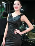 捷豹展台2号美女车模