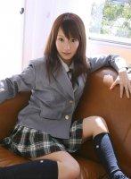 日本短裙学生美女