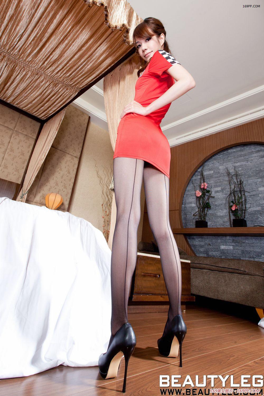 美女的西西 运动型健康美女大尺度喷血诱惑高清