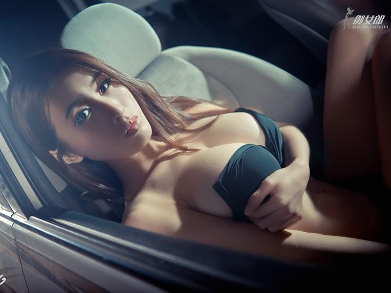 人体局部艺术图片 性感美女刘梓晴诱人睡衣私房