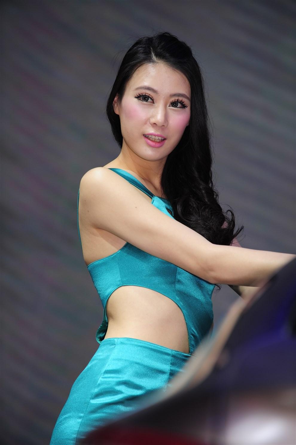 西西人休艺术图 巨乳美女刘飞儿Faye牛仔短裤私房