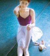 Renshaw作品《每个女孩都有个芭蕾梦》