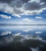 于海童作品《茶卡盐湖的日与夜》